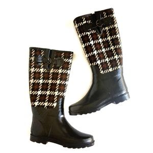 Banana Republic Plaid Rain Boot Wellies